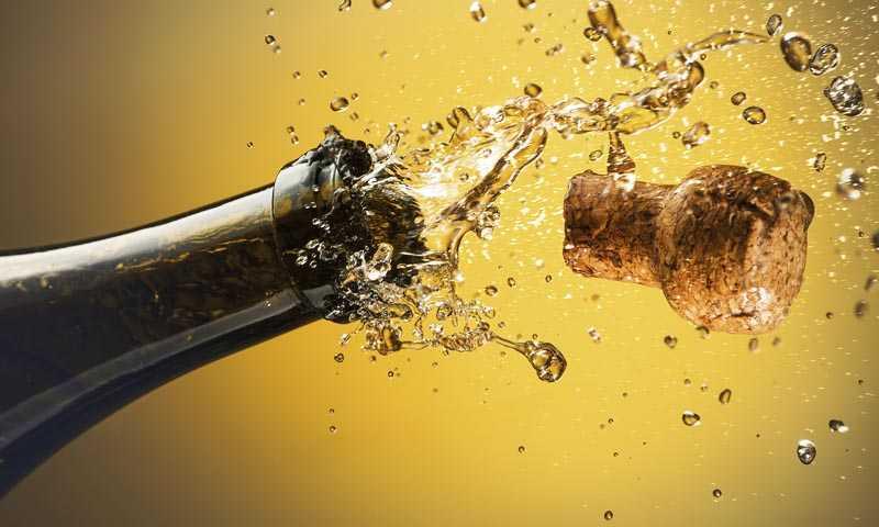 Можно ли хранить шампанское в открытой бутылке