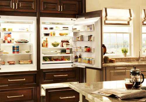 Имитация встраиваемого холодильника
