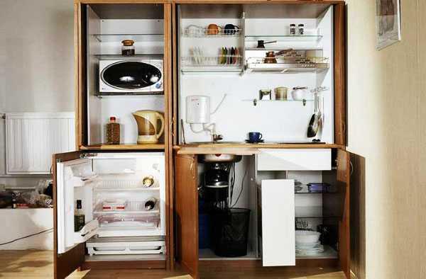 Как встроить в гарнитур холодильник