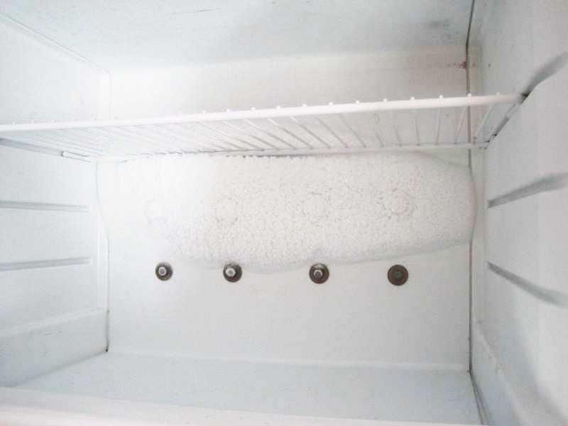 Образование конденсата в морозильной камере