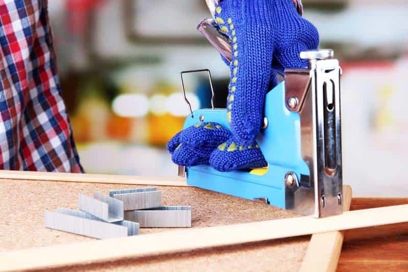 Инструменты и материалы для изготовления инкубатора