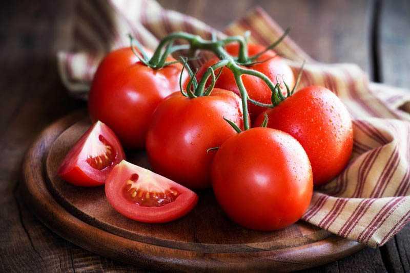 Как заморозить помидоры в холодильнике