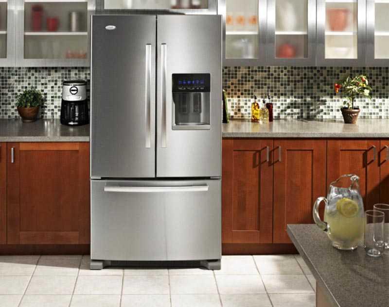 Куда можно деть работающий холодильник
