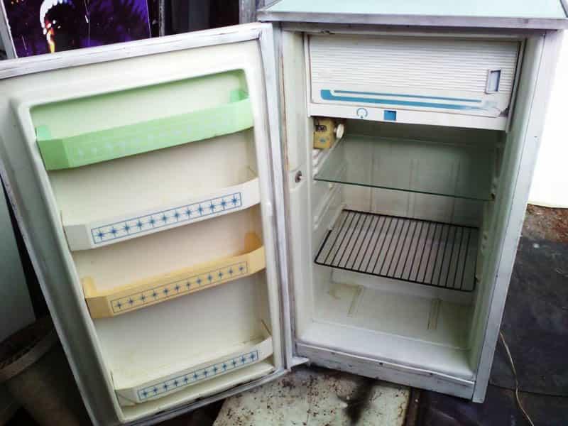 Возможные технические проблемы холодильника на балконе
