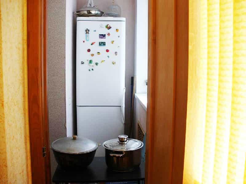 Функционирует ли холодильник на балконе