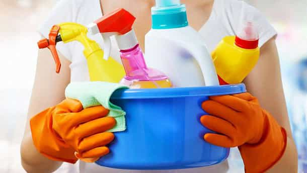 Как убрать плесень моющими средствами