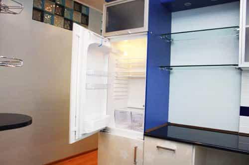 Холодильник включился и не морозит