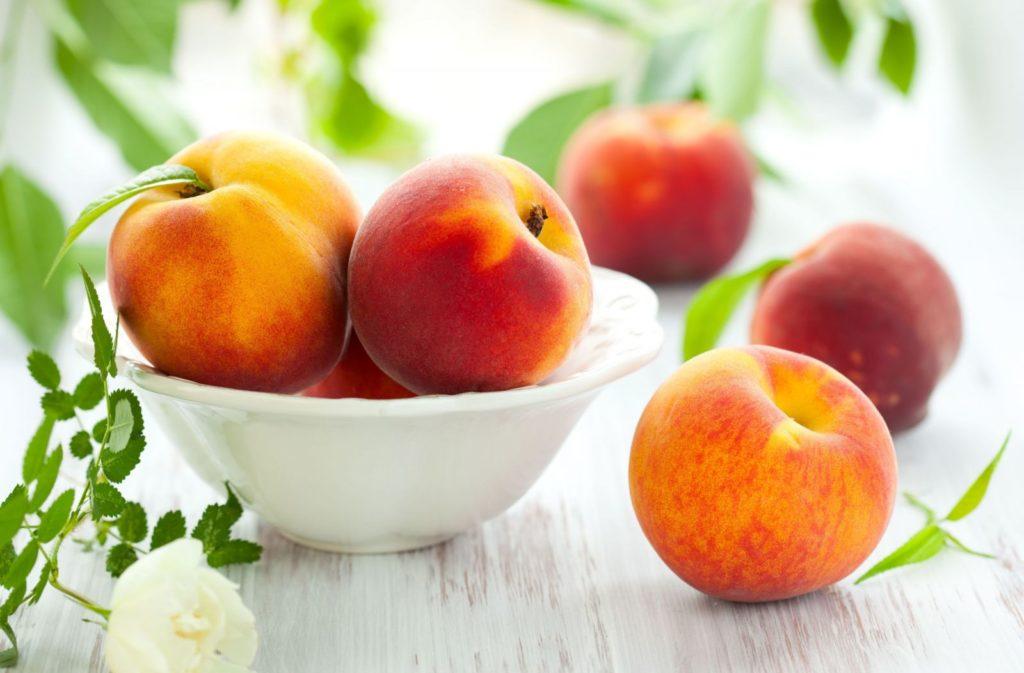 Хранение персиков в цельном виде