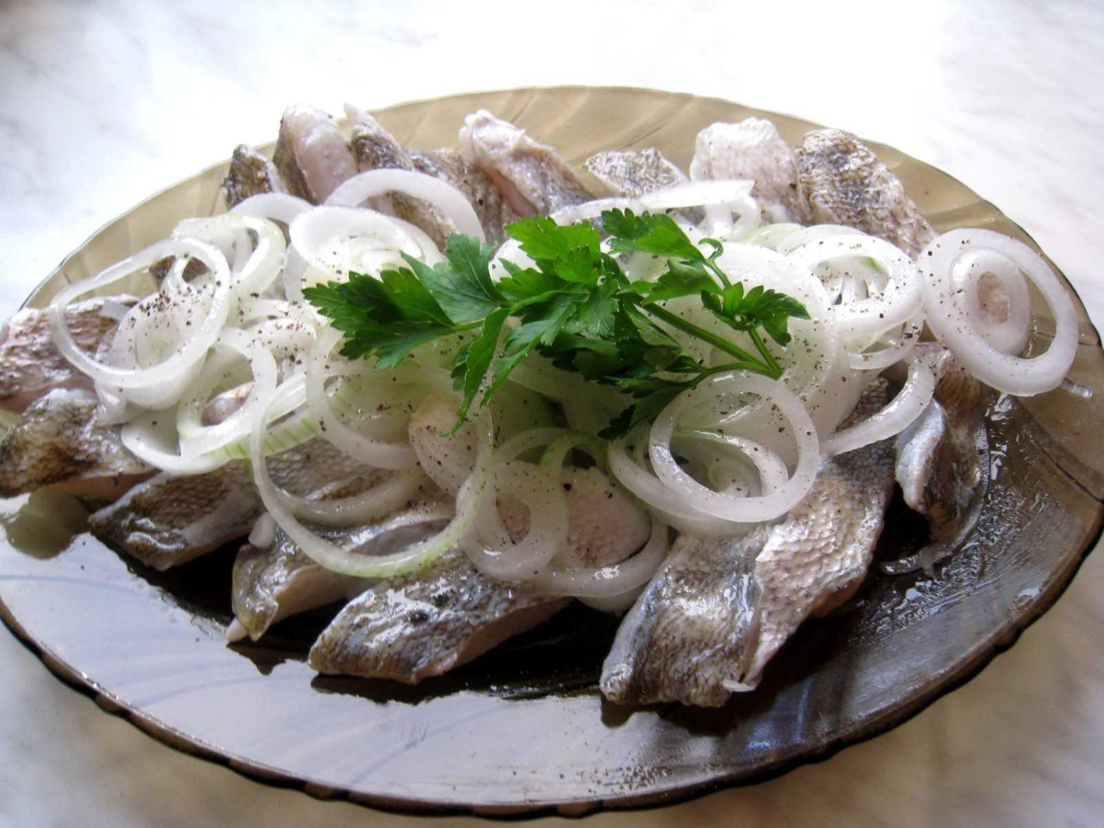 Особенности хранения маринованной рыбы
