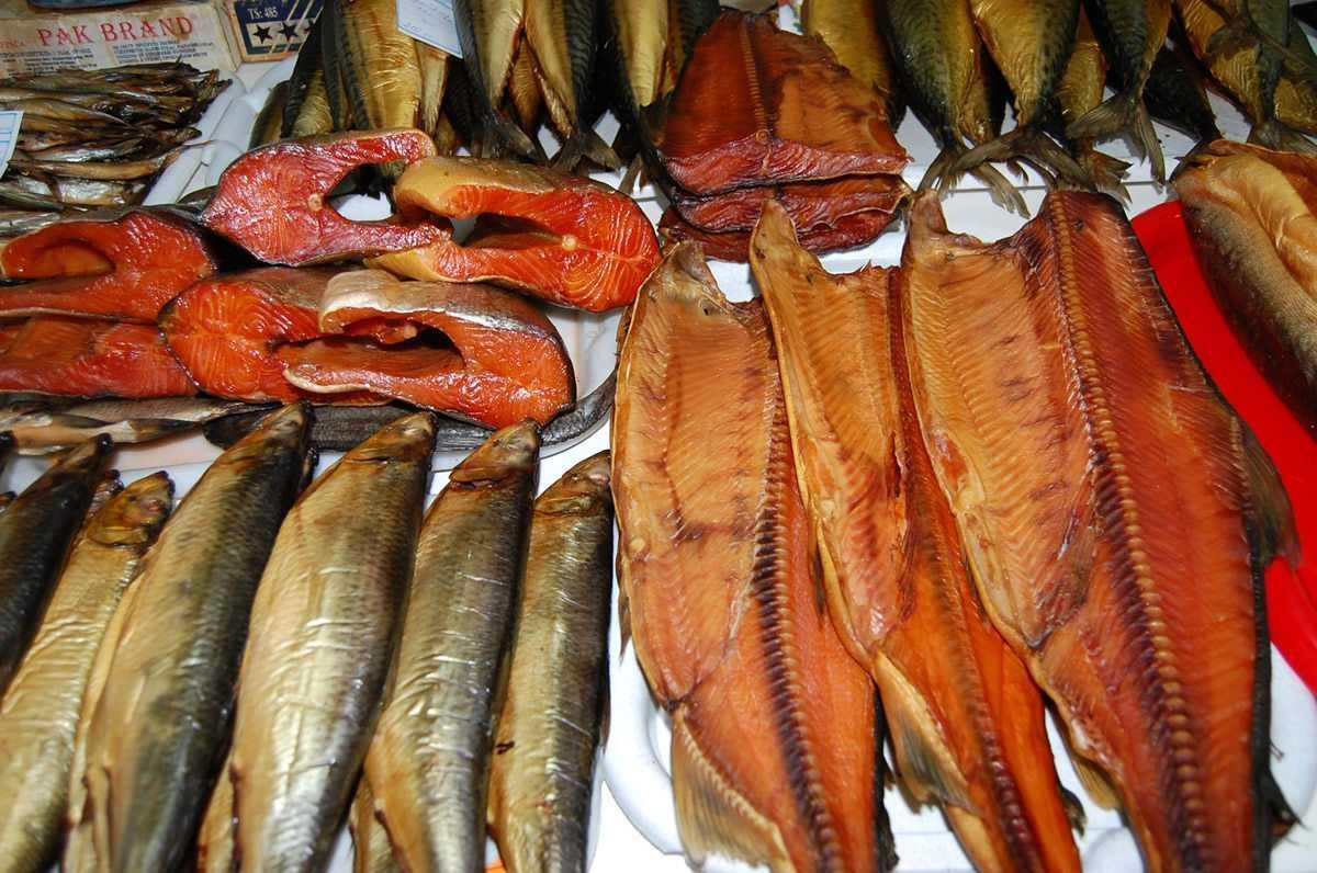Как хранить рыбные копчёности