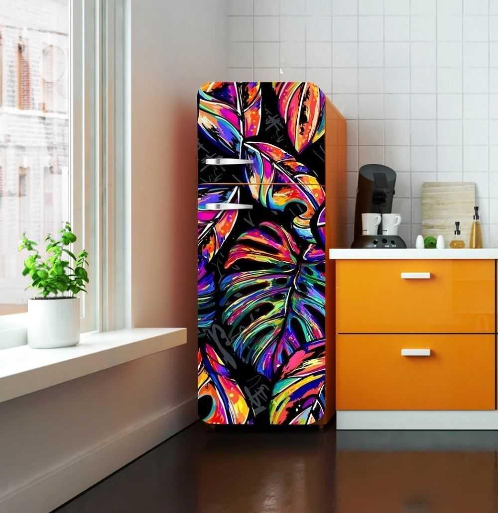 Роспись поверхности холодильника красками