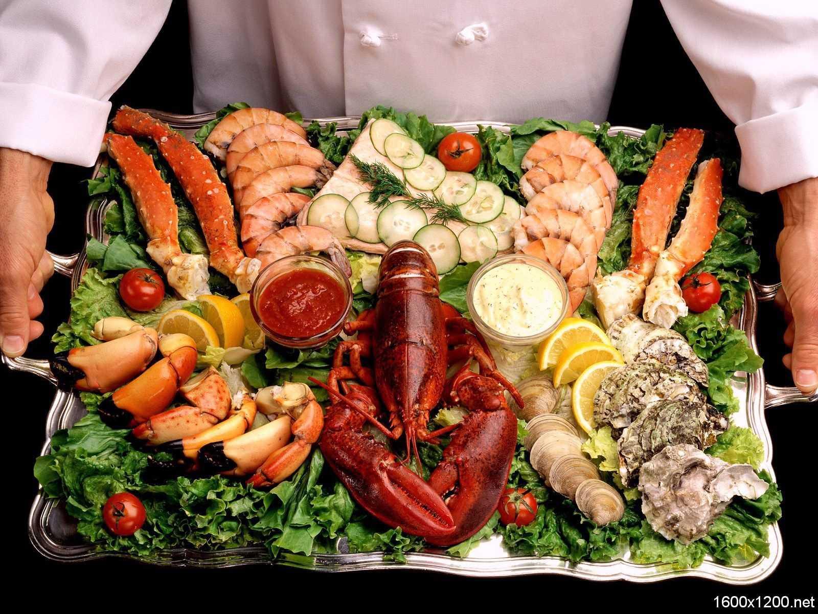 Как нужно хранить морепродукты в холодильнике